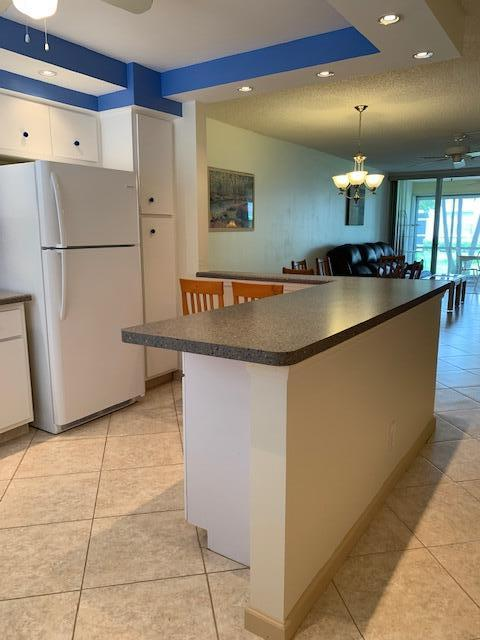 6 Extended Countertop  Cabinets