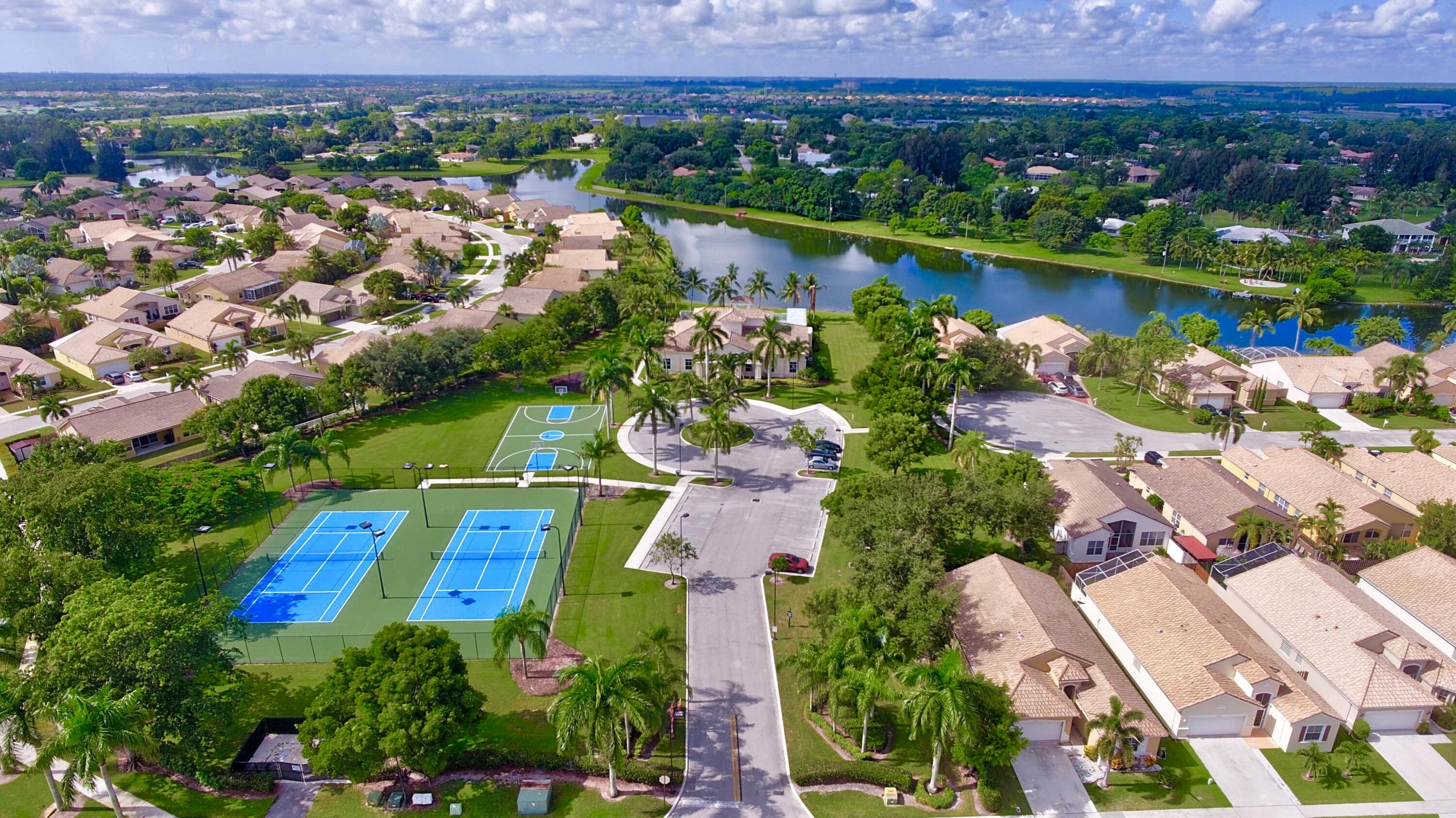 3 Verona Lakes Clubhouse and Sports copy