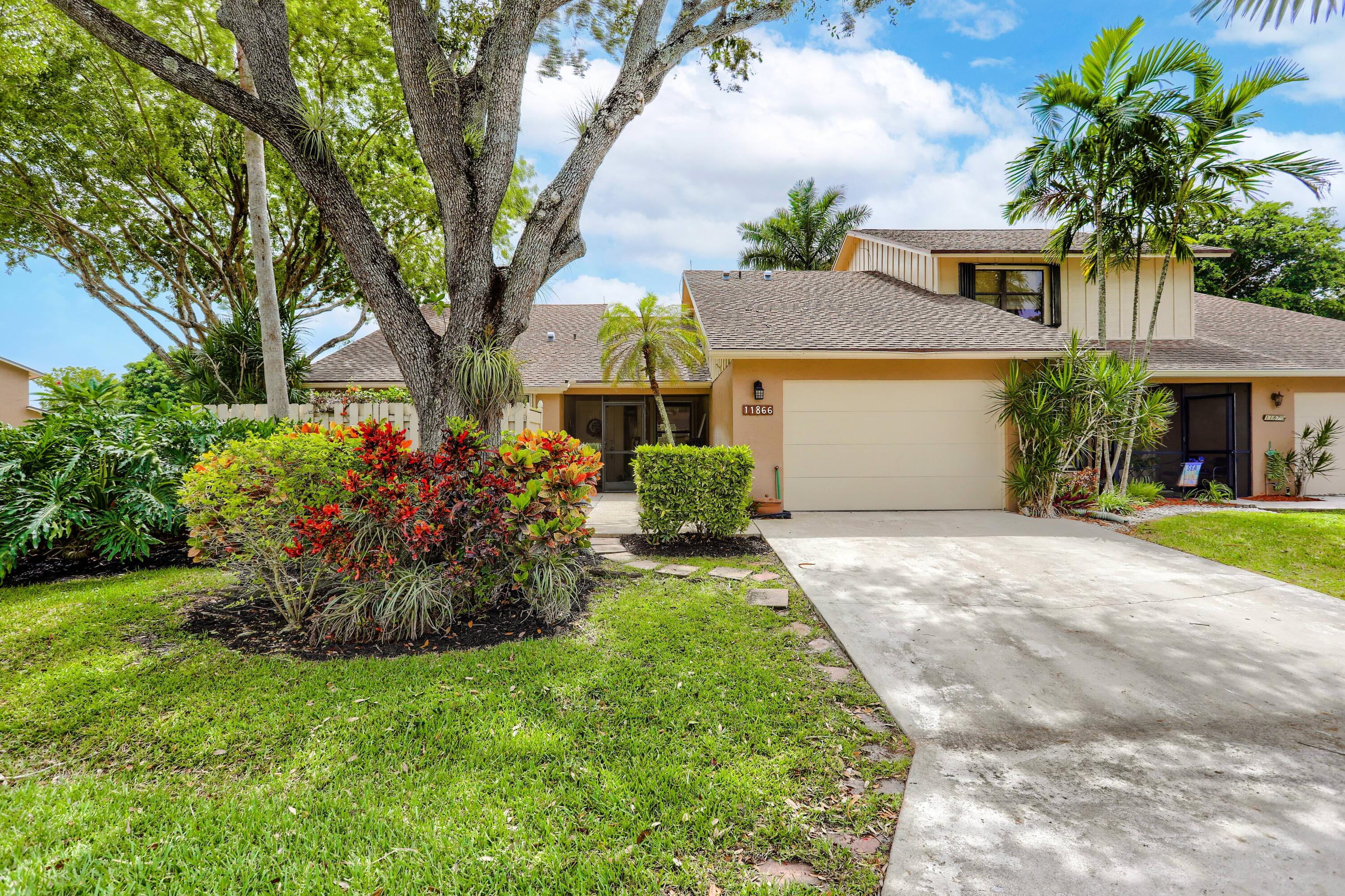 11866  Donlin Drive  For Sale 10740936, FL
