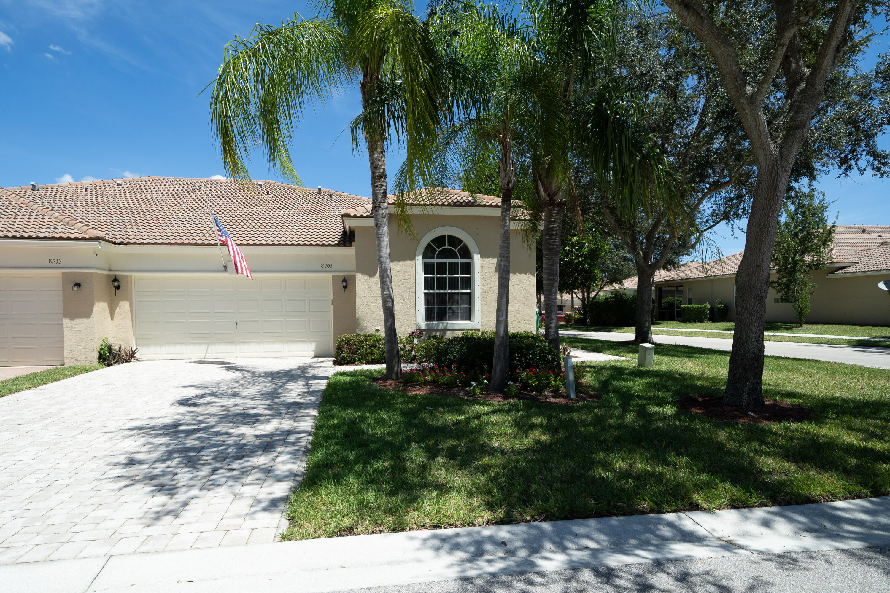 8203  Manjack Cay  8203 For Sale 10740989, FL