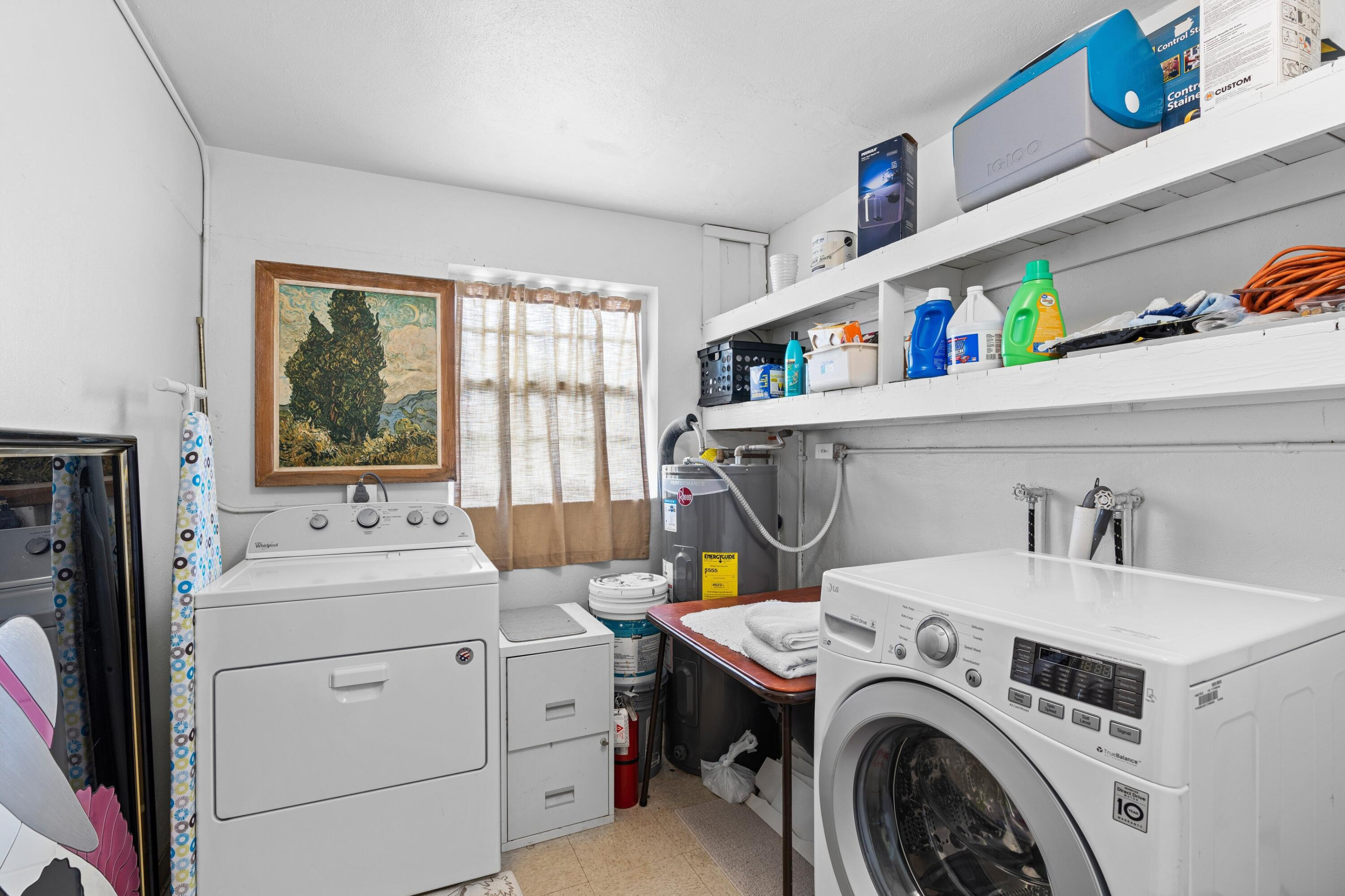 2121 Parker Ave - Laundry Room