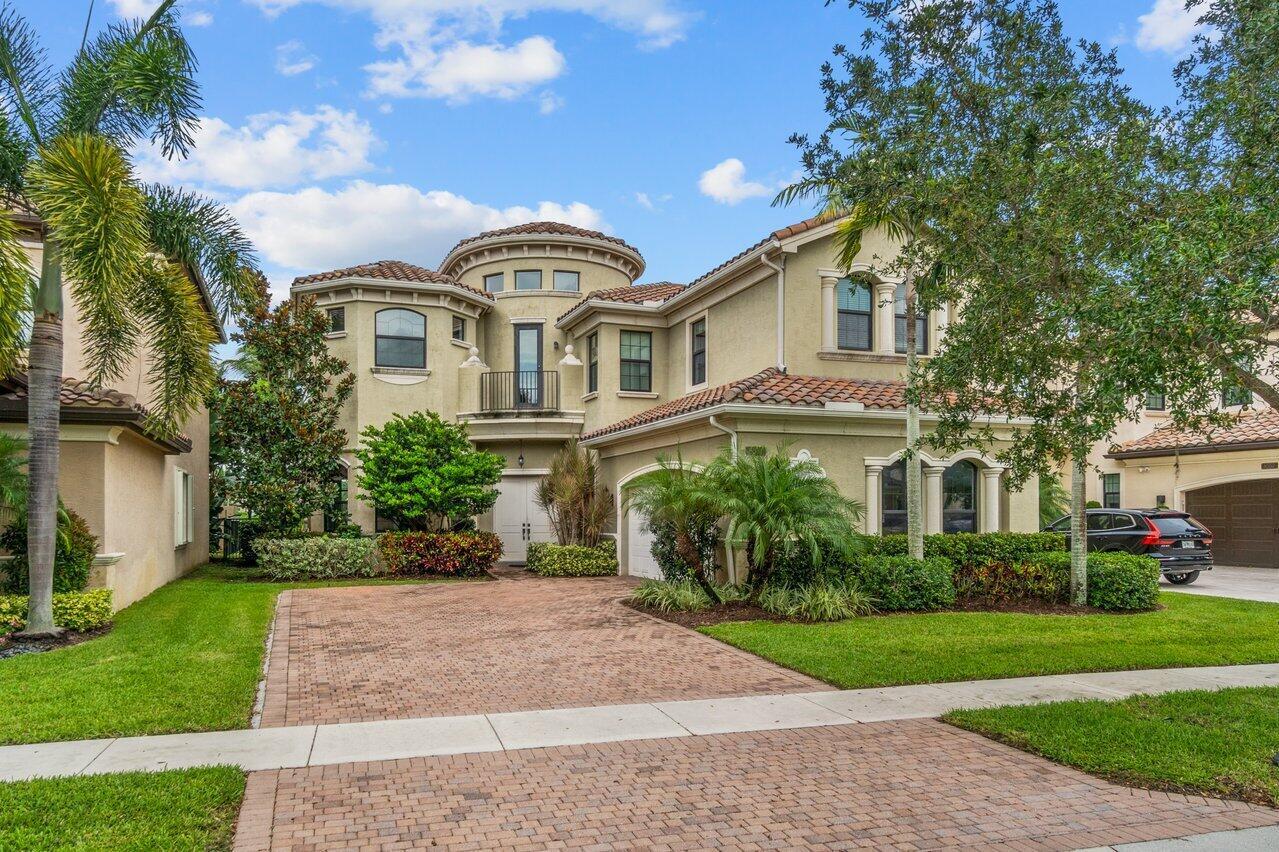 8551  Lewis River Road  For Sale 10741511, FL