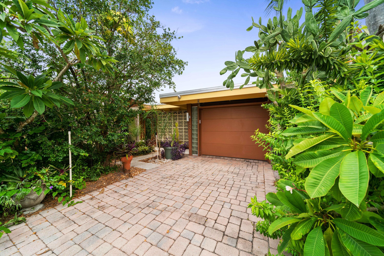 221  Lake Ter Terrace  For Sale 10741209, FL