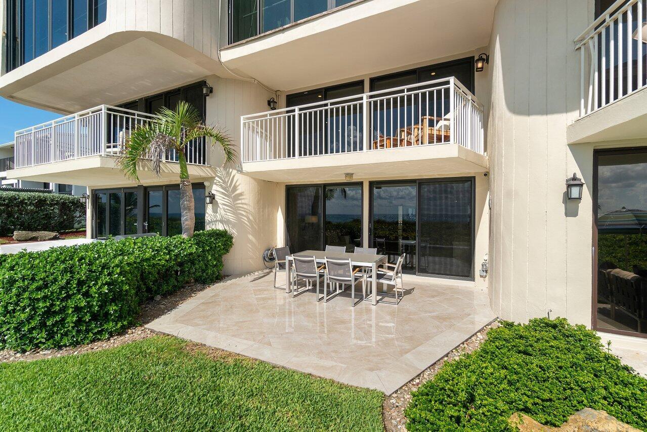 Outdoor Living Spaces w/Oceanviews
