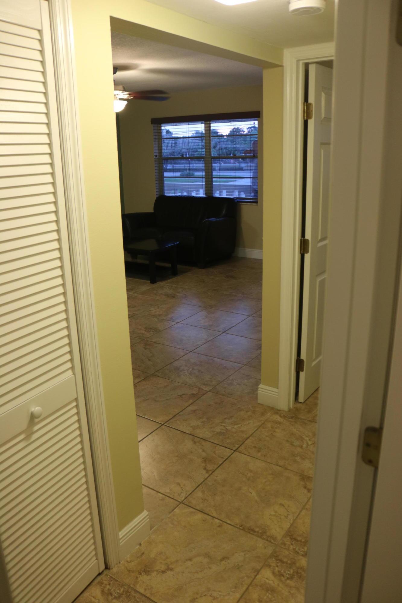 Hallway b/w bedrooms
