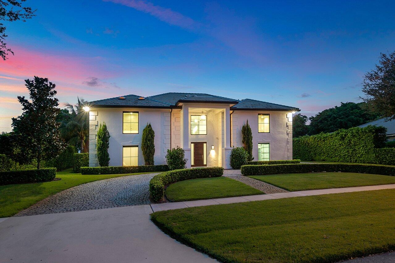 2603  Embassy Drive  For Sale 10741347, FL