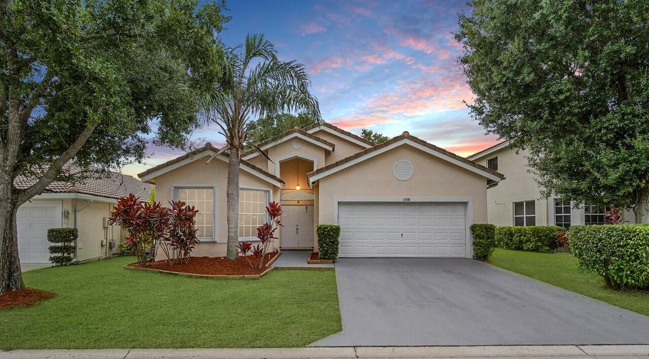 12108  Sunset Point Circle  For Sale 10741465, FL