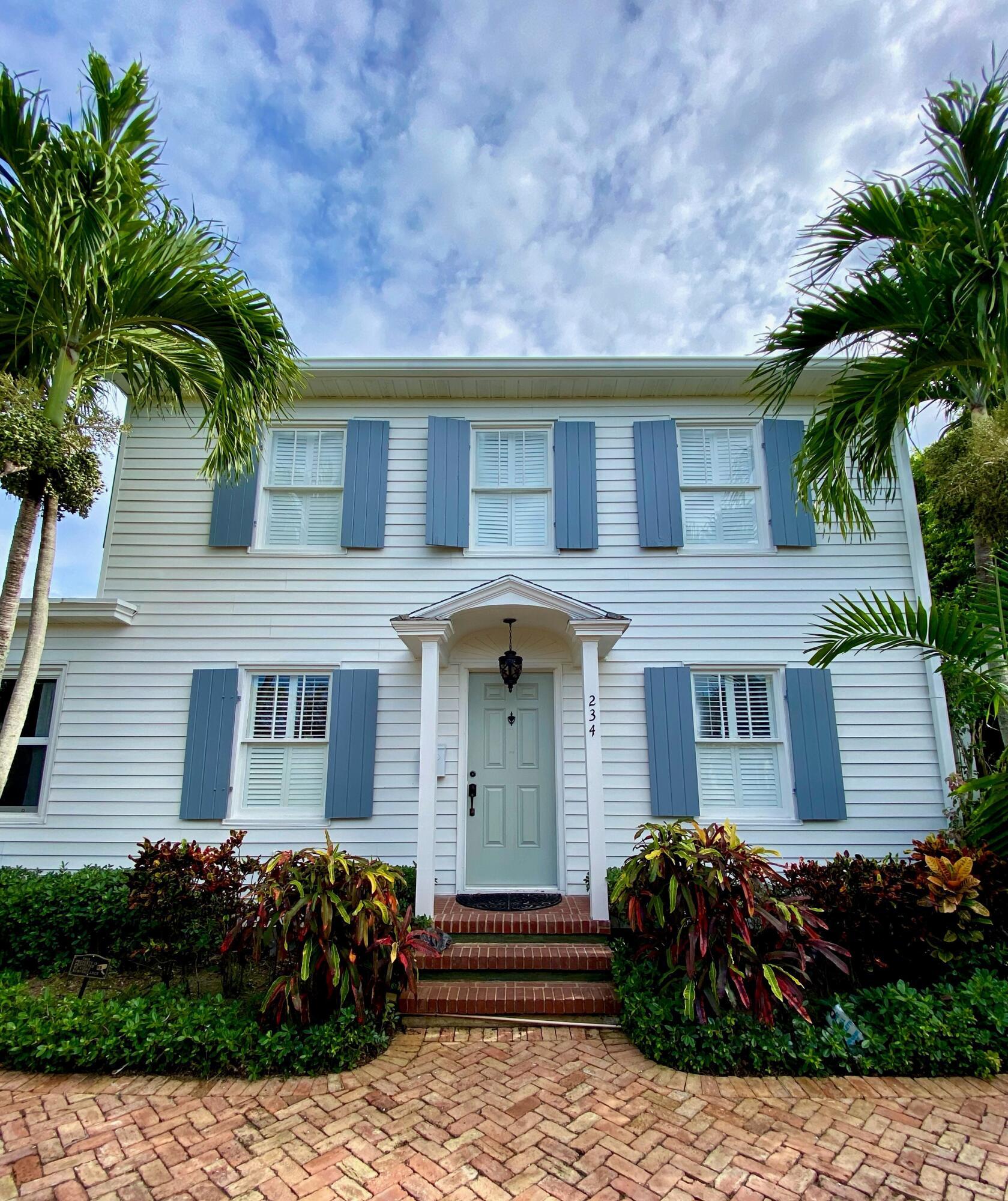 234  Edgewood Drive  For Sale 10741720, FL