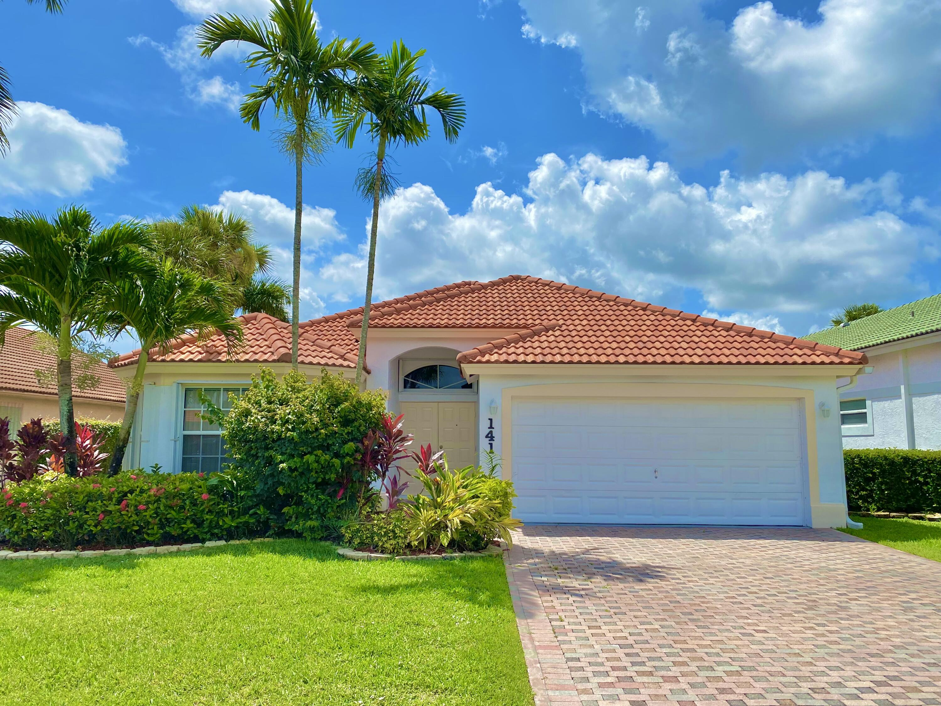 Home for sale in Saratoga Lakes Royal Palm Beach Florida