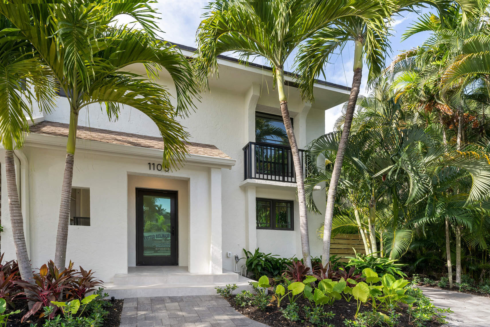 1105 Russell Drive - 2/2 in HIGHLAND BEACH ISLES