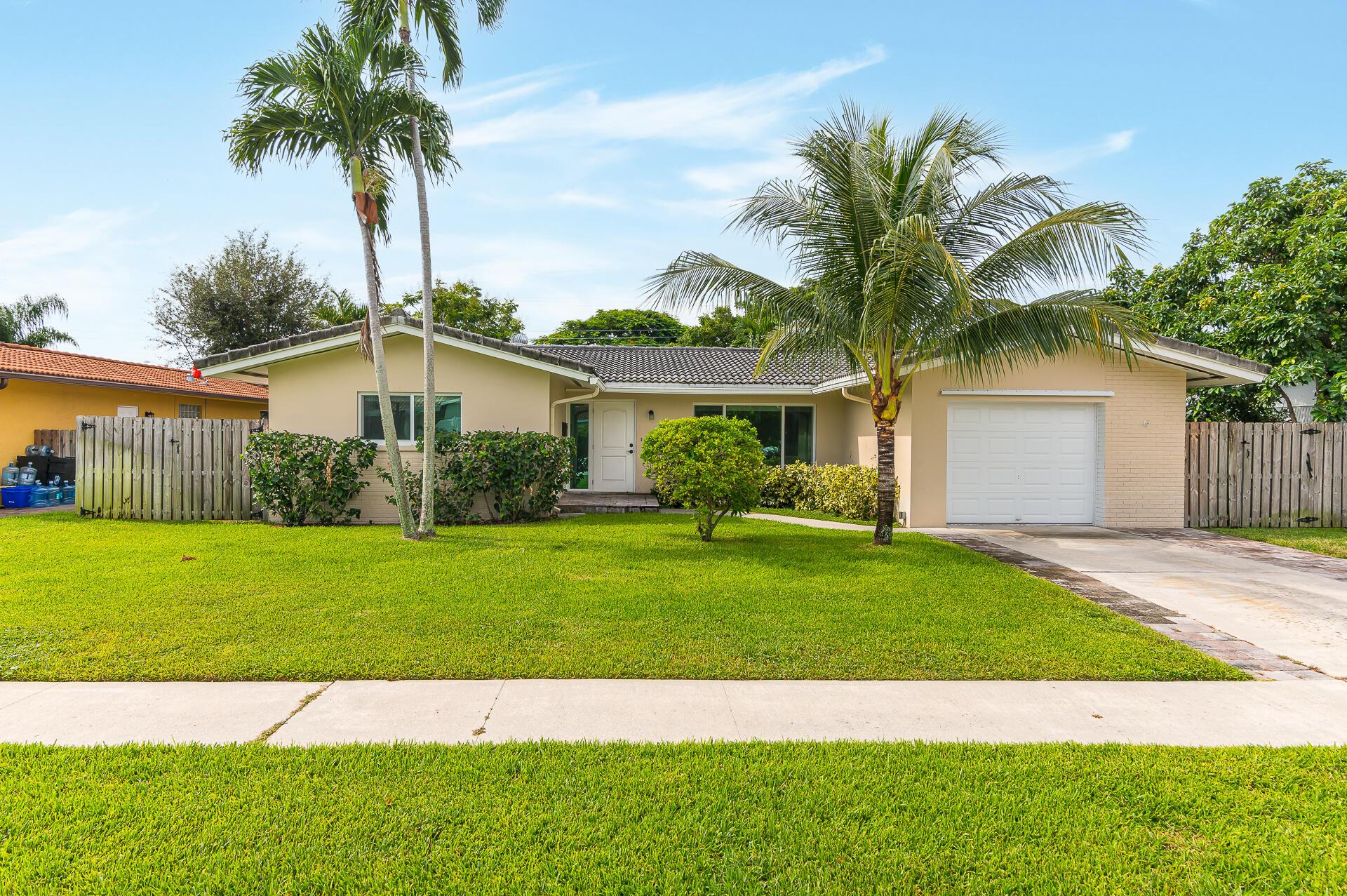 928 SW 5th Street, Boca Raton, FL 33486