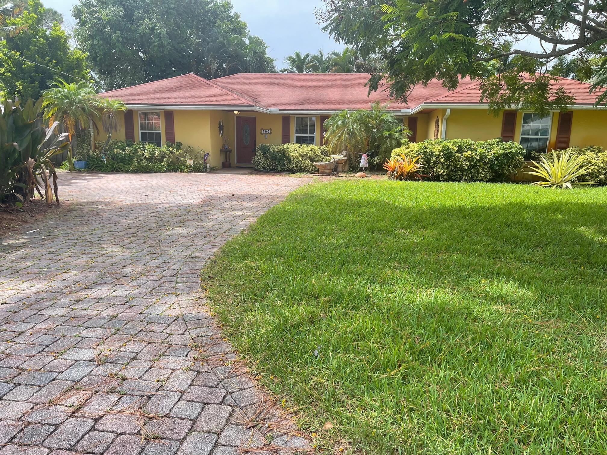 2462 Gertrude Lane  Lake Worth FL 33462