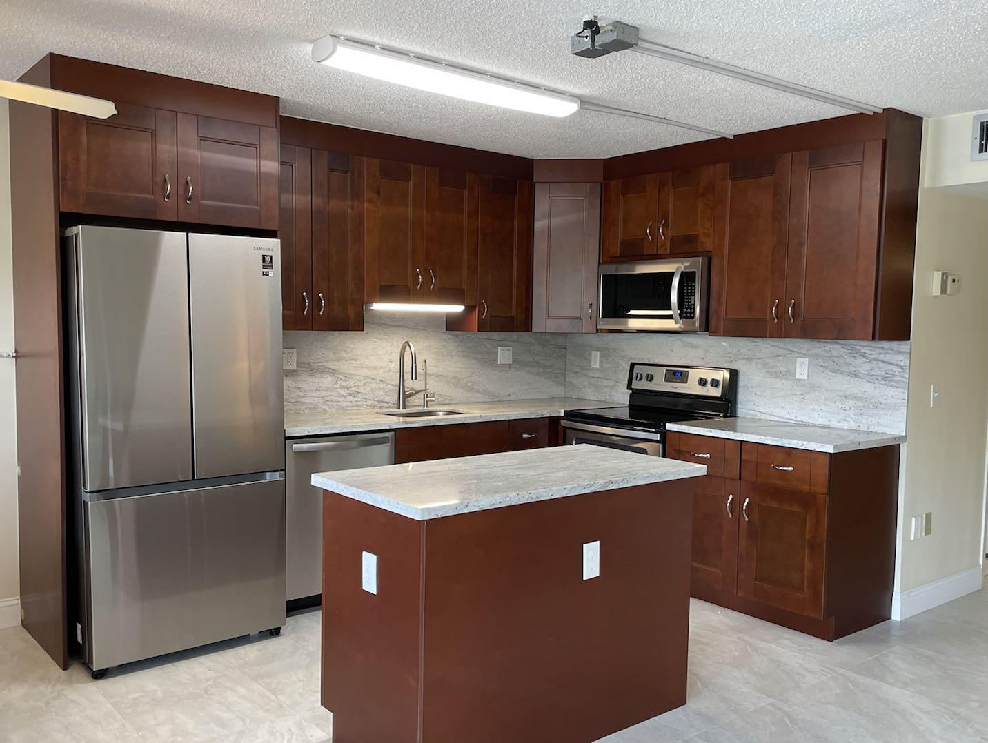 2079  Guildford   For Sale 10741796, FL