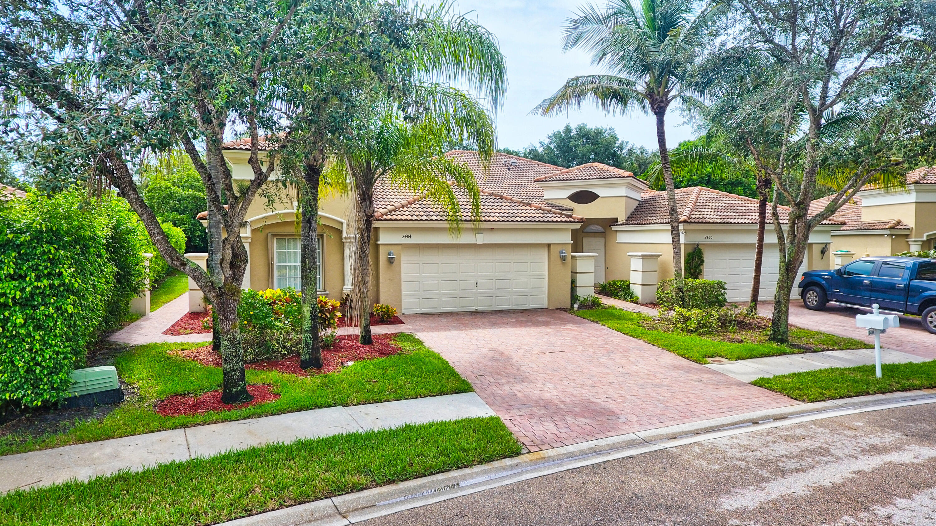 2484  Sandy Cay   For Sale 10741924, FL