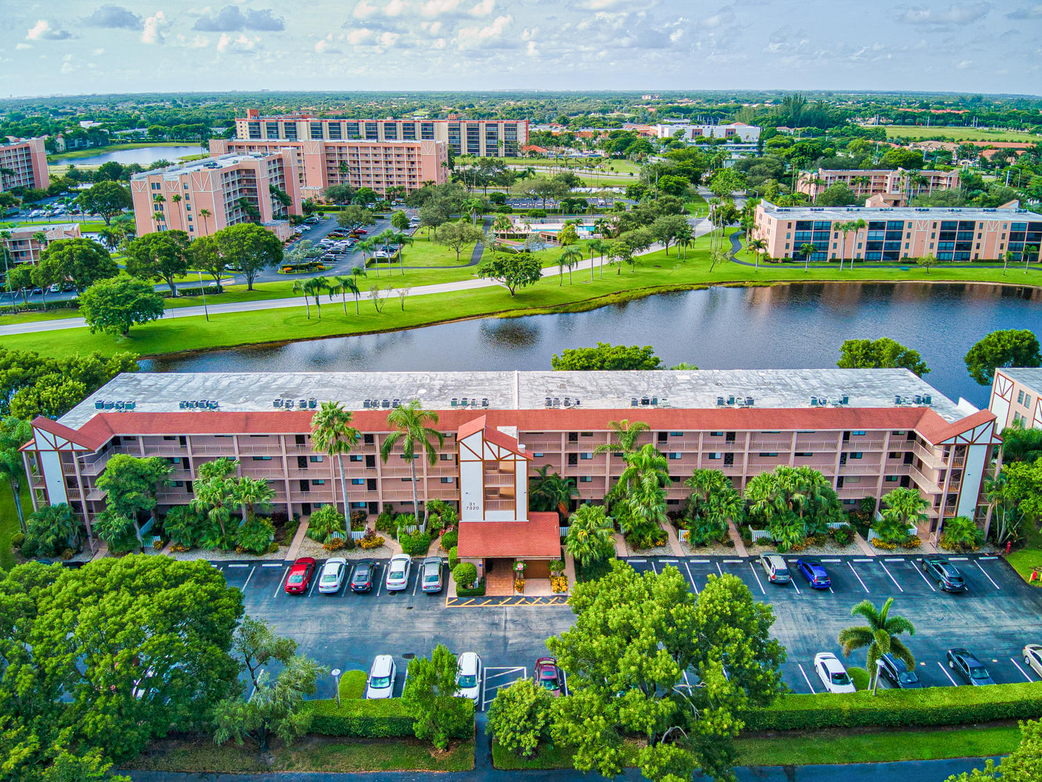 7320  Amberly Lane 402 For Sale 10742657, FL