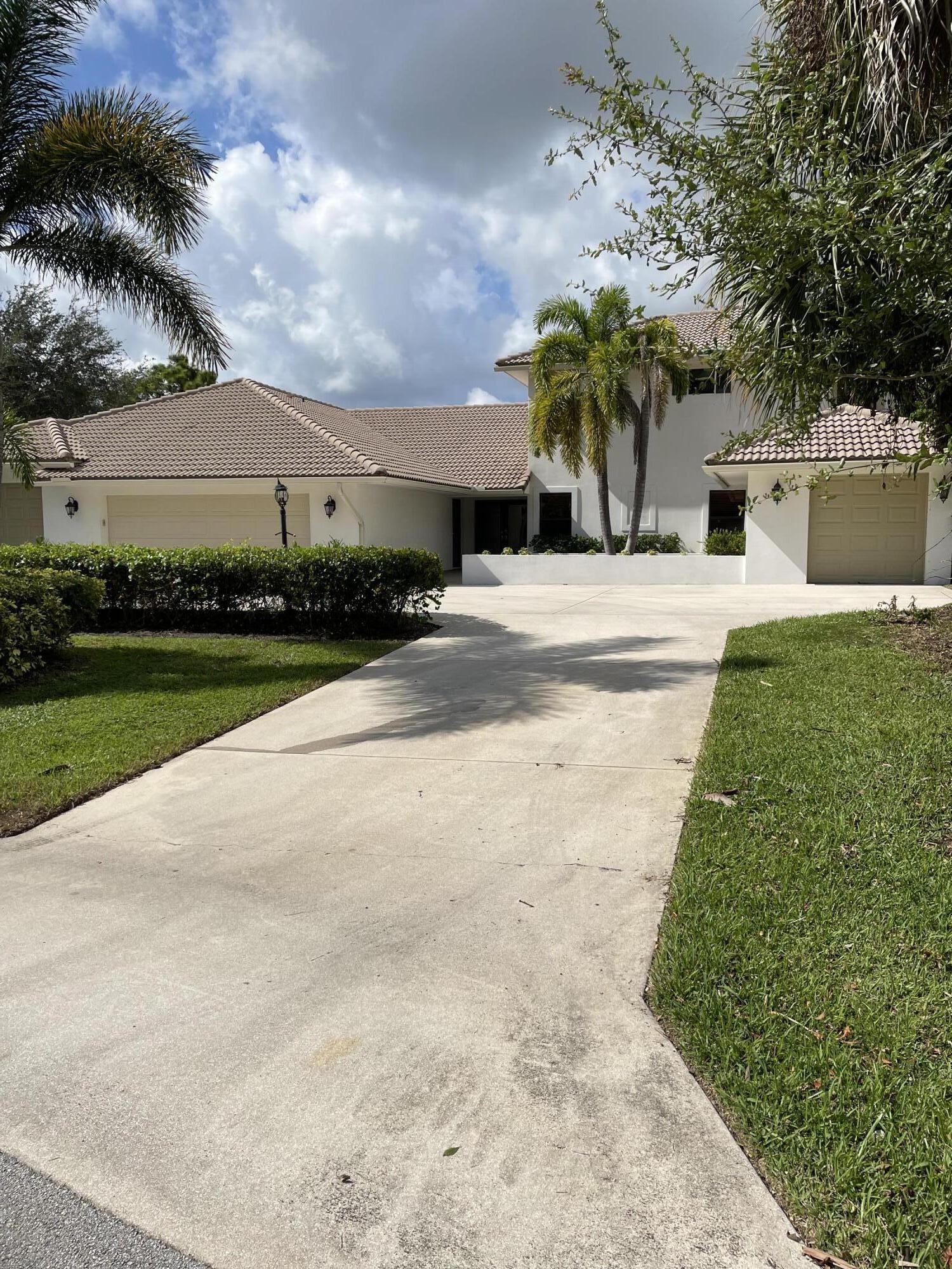 4721  Sabal Palm Drive  For Sale 10742034, FL