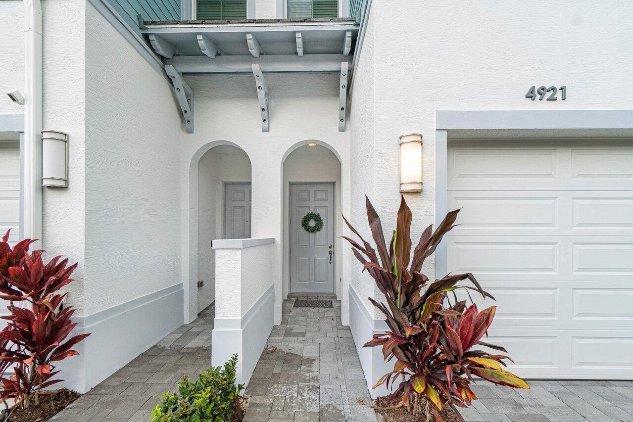 4921 Pointe Midtown Way Palm Beach Gardens, FL 33418 photo 3