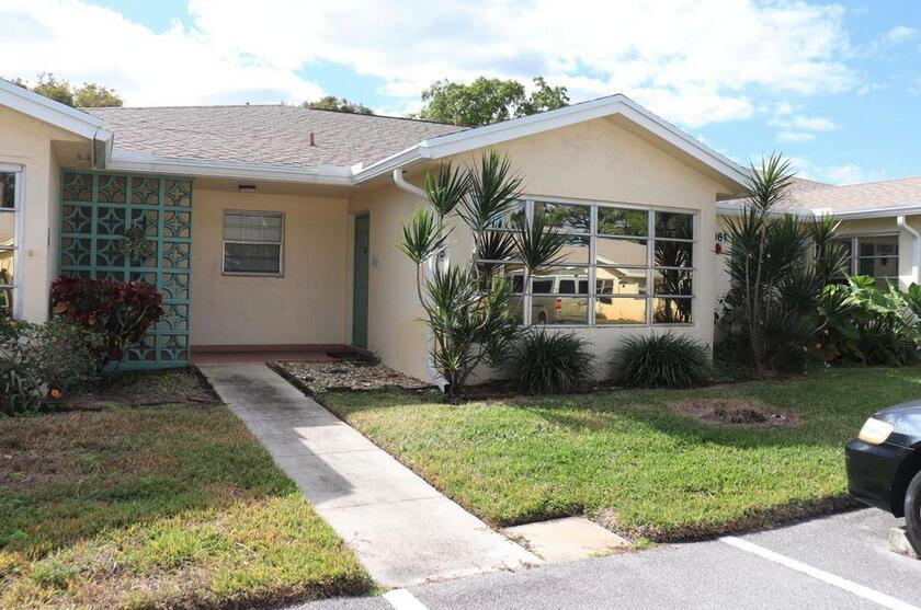 5312  Lakefront Boulevard D For Sale 10732071, FL