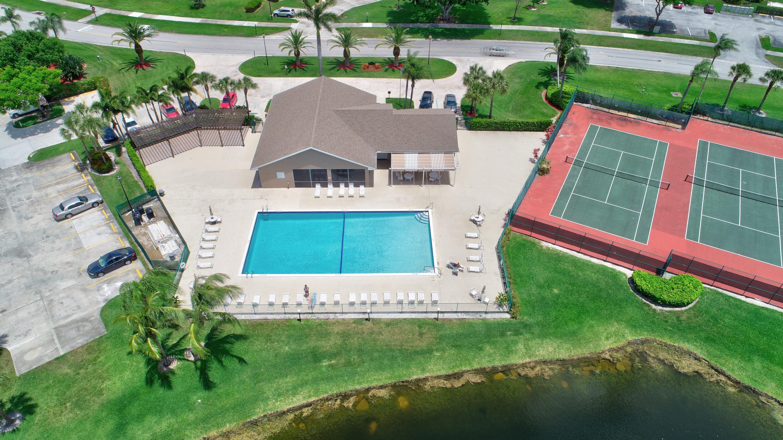 9201  Vineland Court D For Sale 10742210, FL