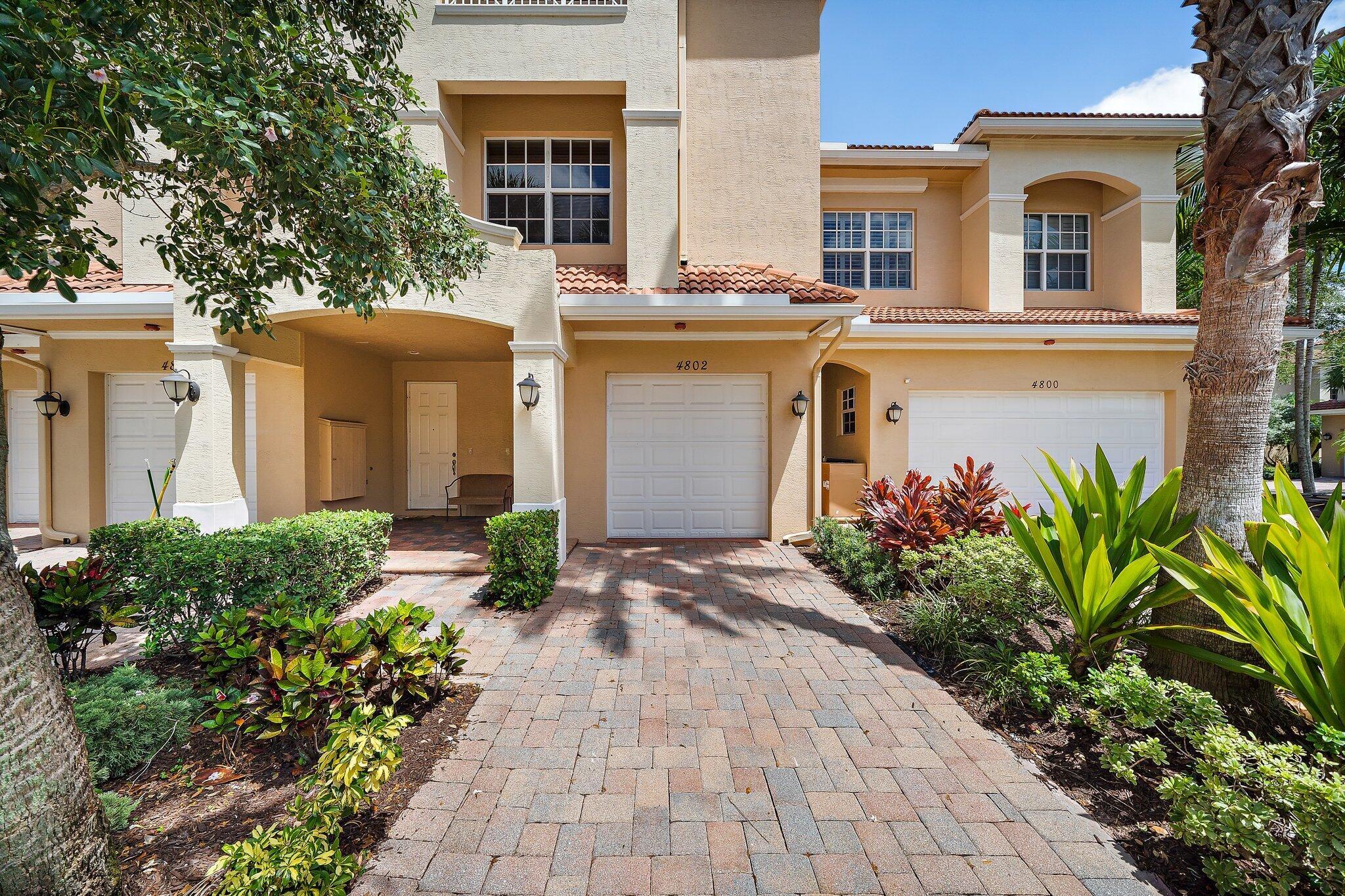 4802 Sawgrass Breeze Drive Palm Beach Gardens, FL 33410