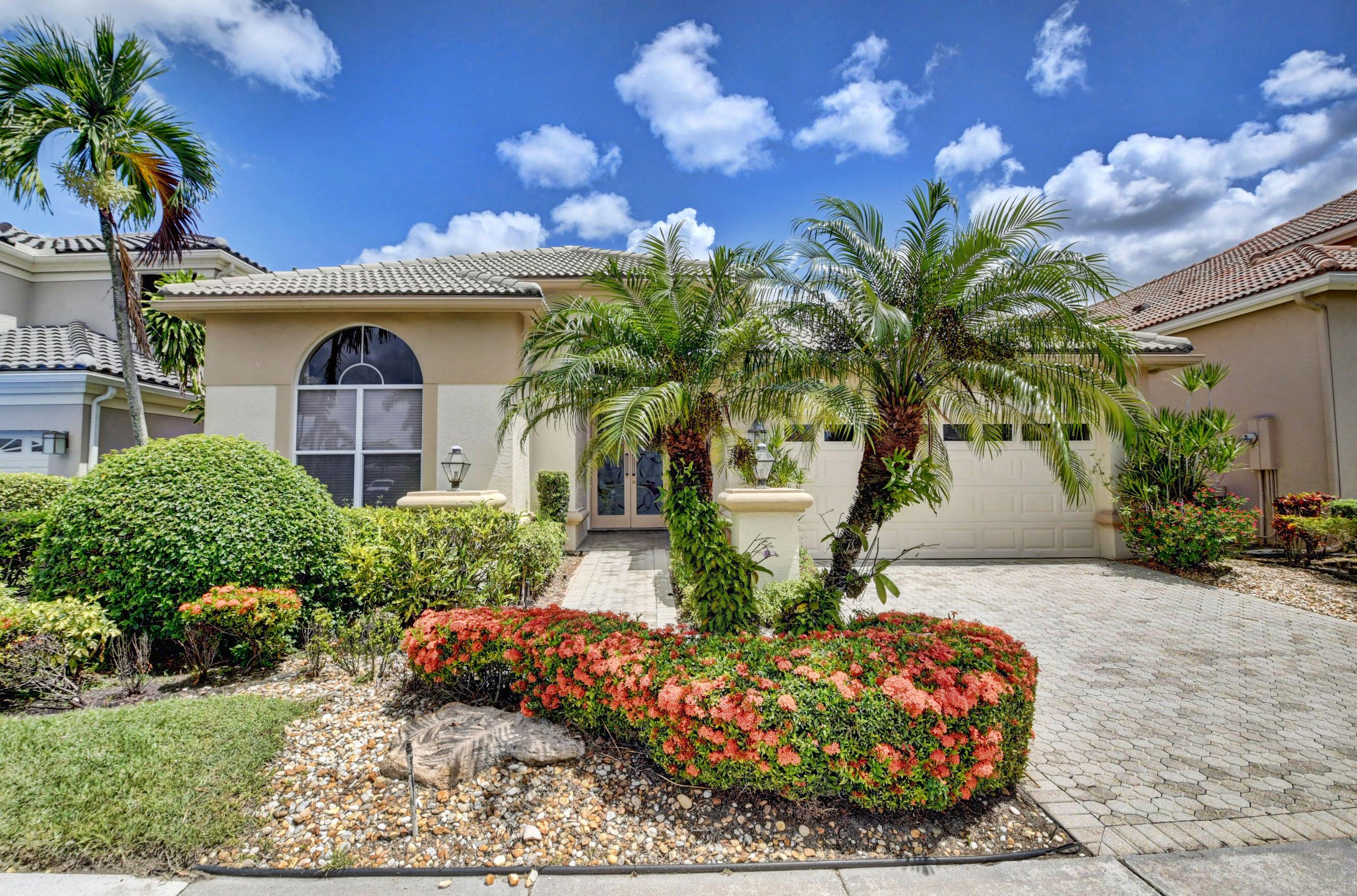 5794  Regency Circle  For Sale 10742492, FL