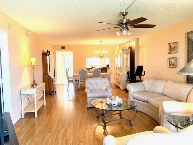 4735 Lucerne Lakes Boulevard 409 Lake Worth, FL 33467 photo 16