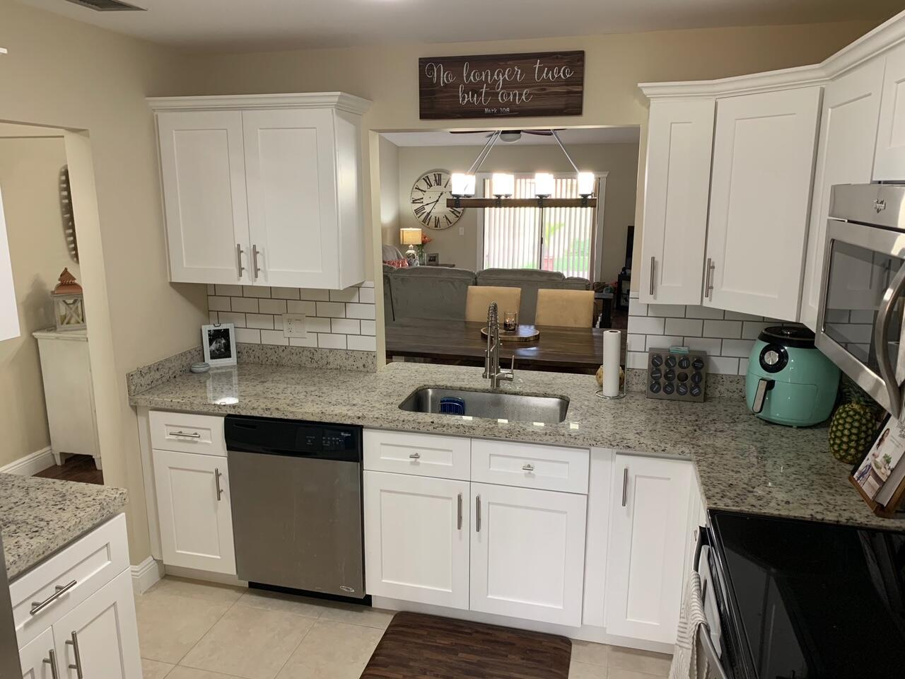 6734  Bridlewood Court  For Sale 10742827, FL