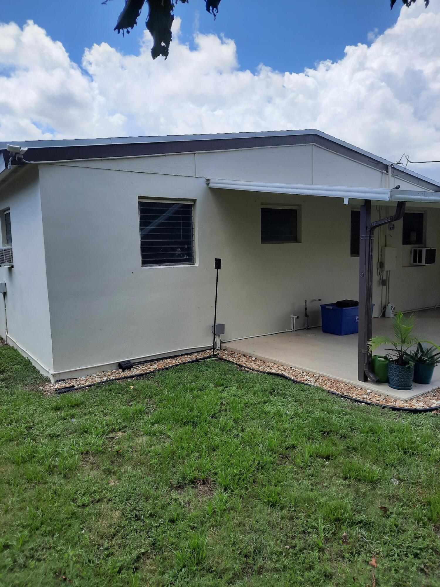 587 Chipewyan Drive Lake Worth, FL 33462 photo 15