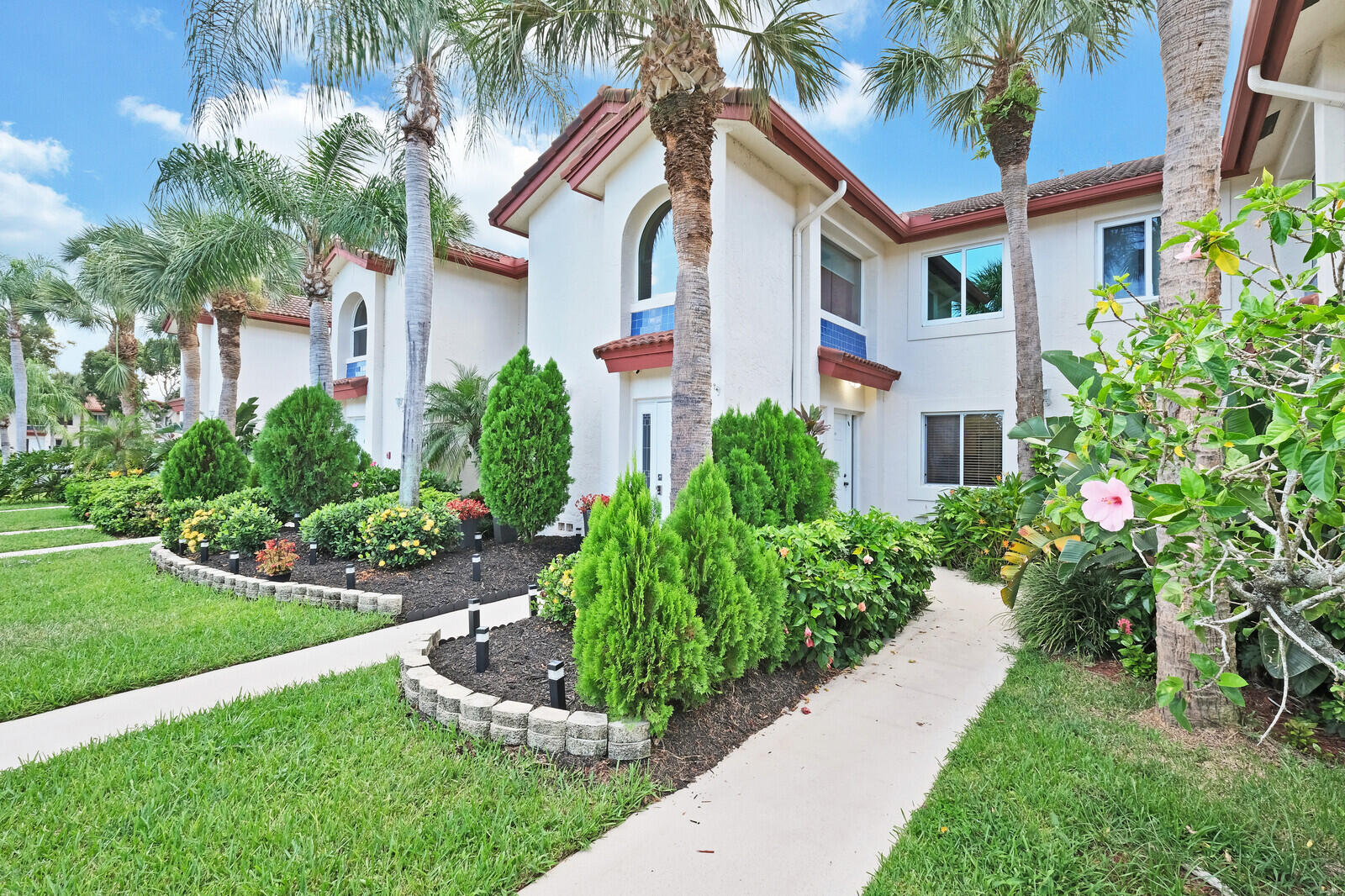 460 NW 67th Street L103 For Sale 10742633, FL