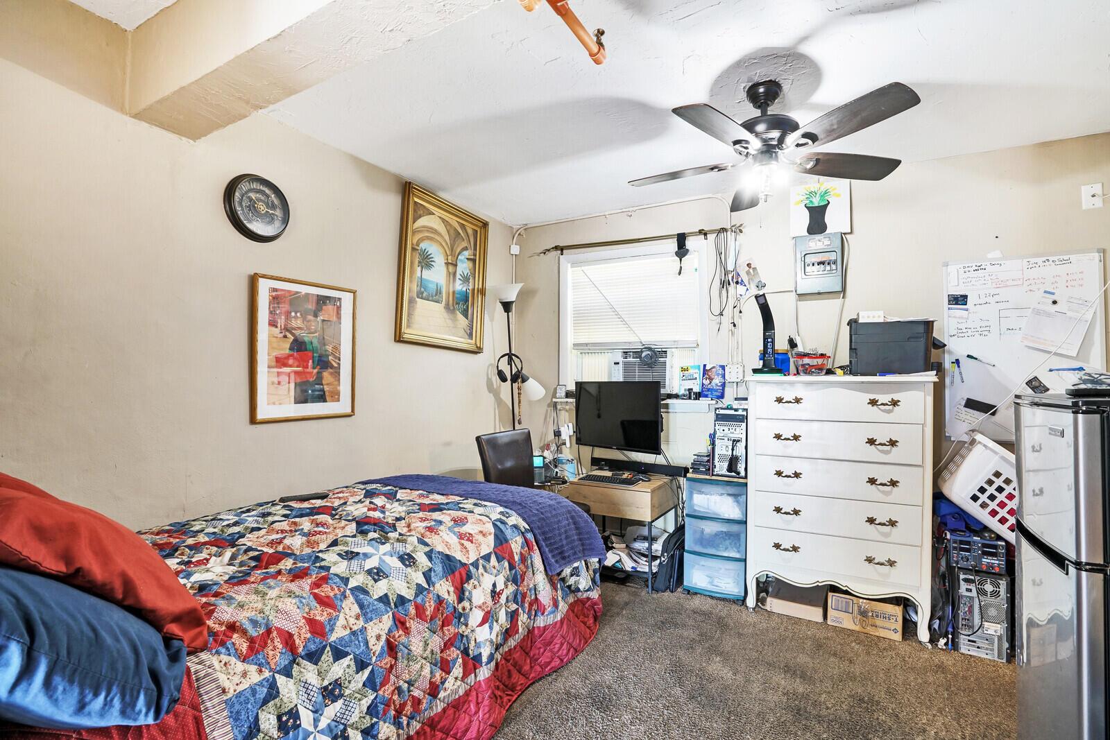 Image 26 For 105 14th Avenue Ne
