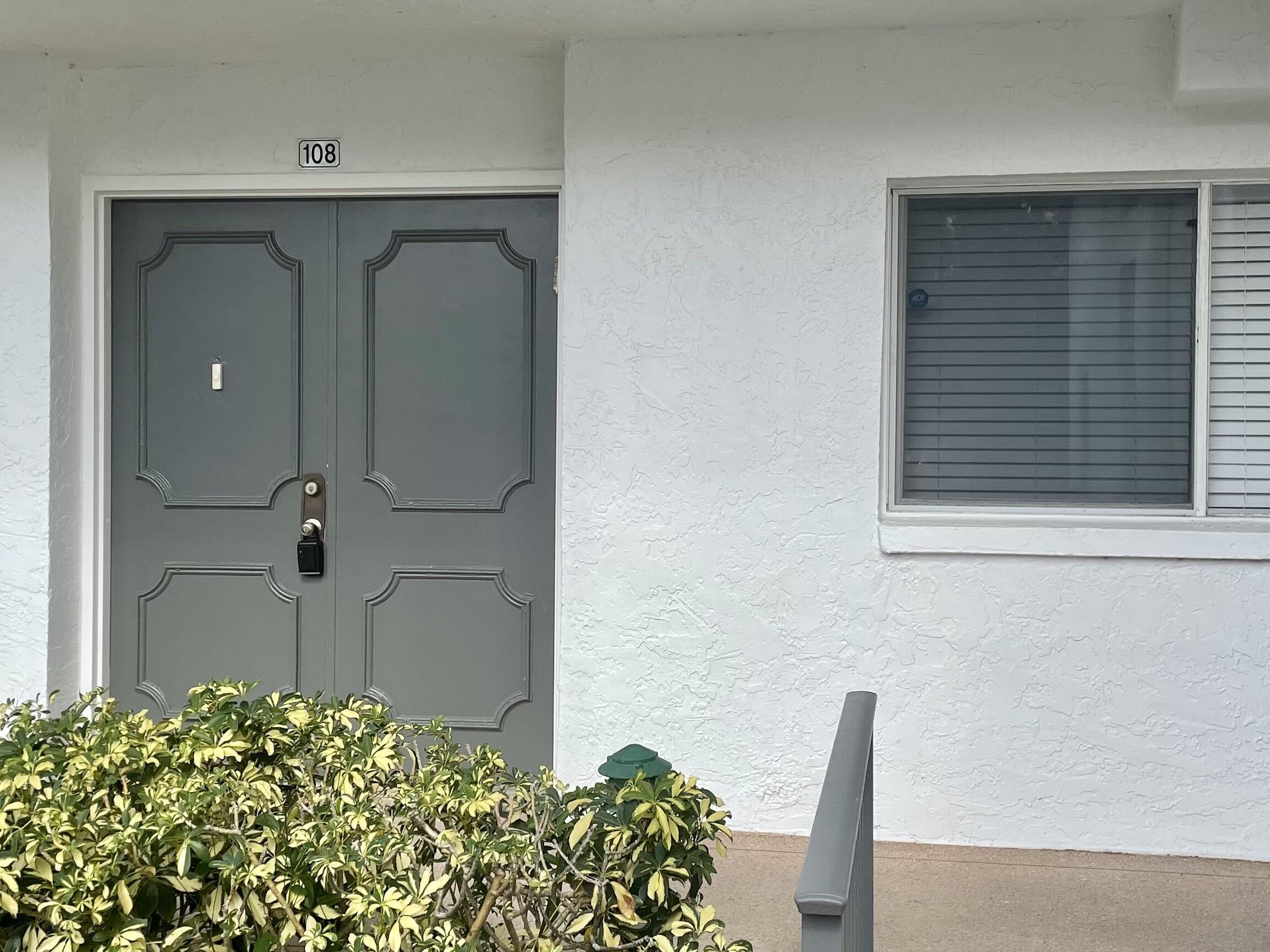 3326 Arcara Way 108 Lake Worth, FL 33467