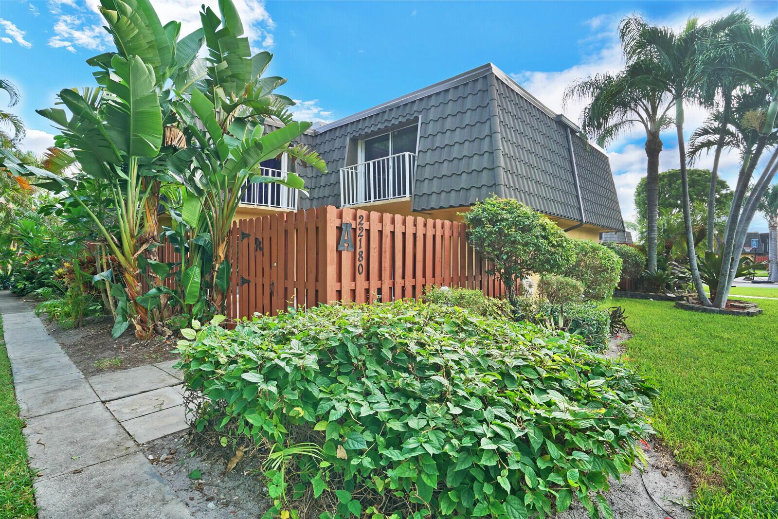 22180  Boca Rancho Drive A For Sale 10742783, FL