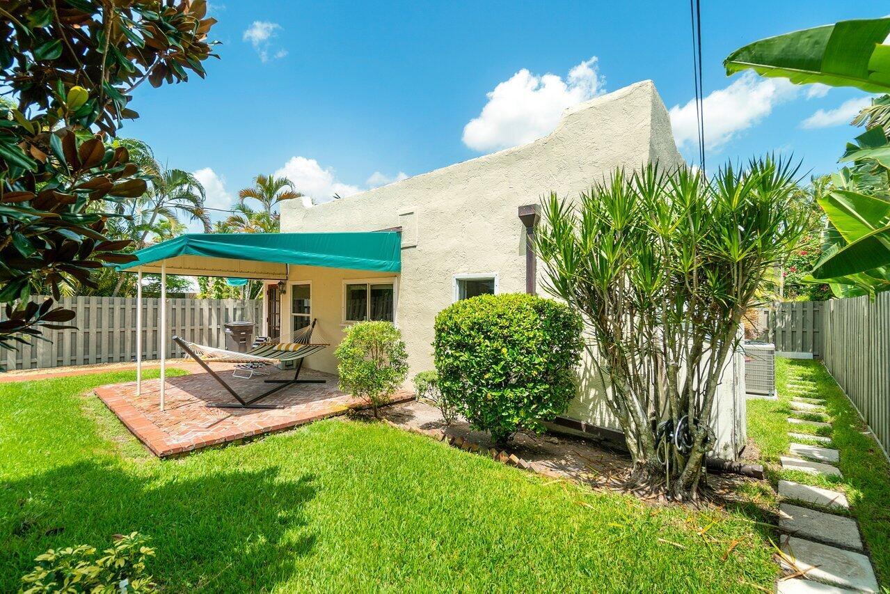 008-340 Plymouth Road West Palm Beach FL