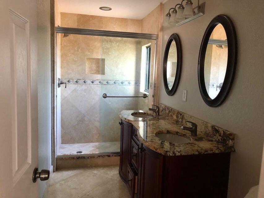 4712 Holly Lake Drive Lake Worth, FL 33463 photo 3