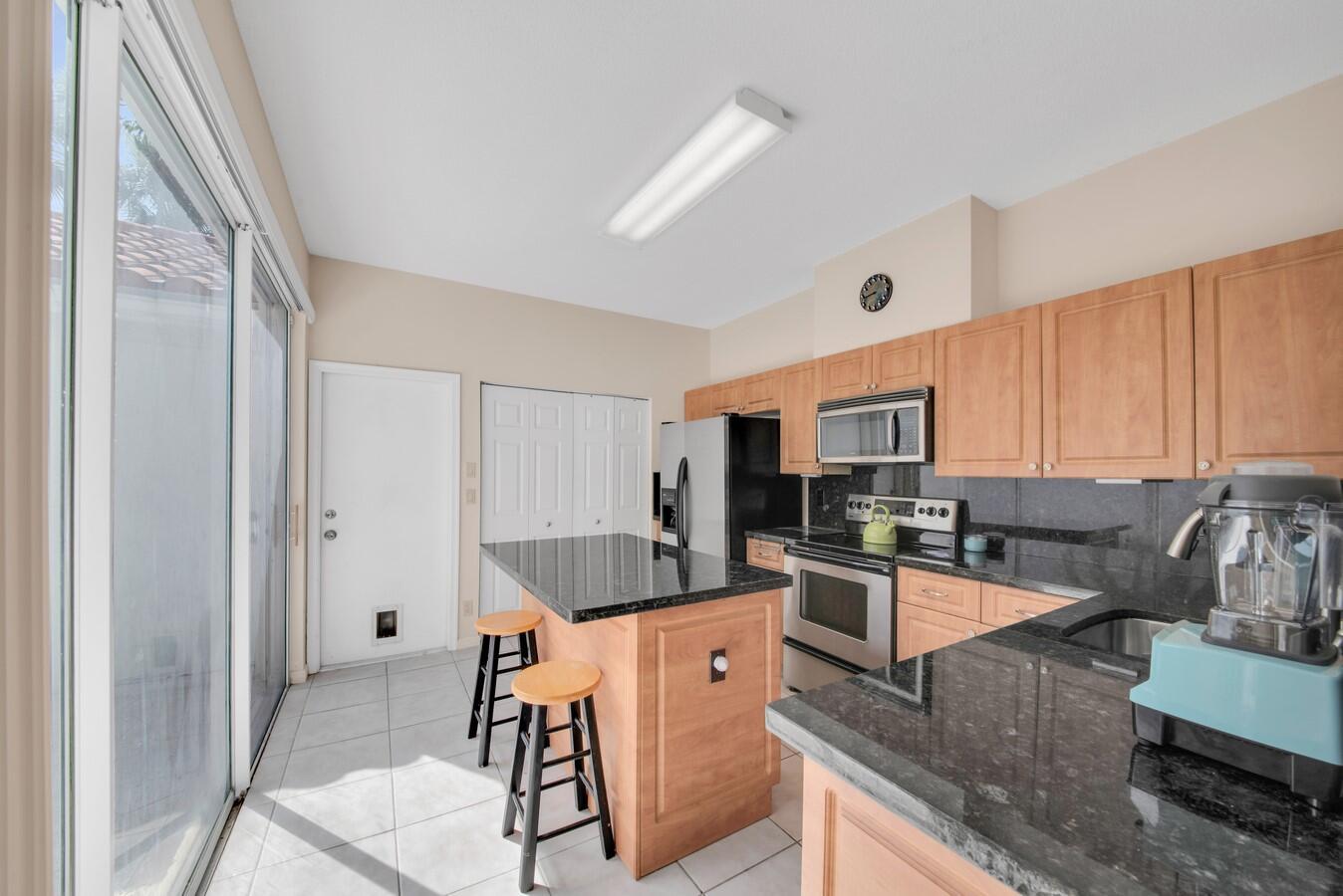 17609 Candlewood Terrace Boca Raton, FL 33487 photo 8