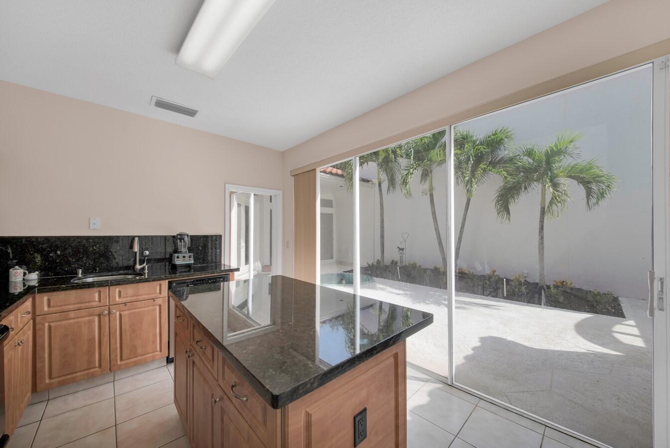 17609 Candlewood Terrace Boca Raton, FL 33487 photo 12