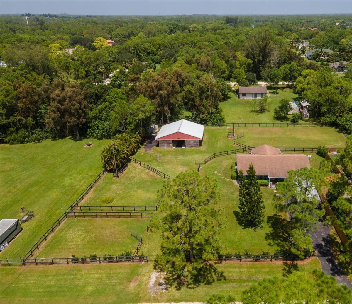 12691  66th Street (Home And Barn) For Sale 10742983, FL