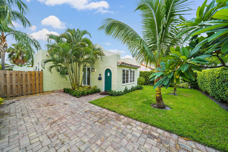 215  Walton Boulevard  For Sale 10743182, FL