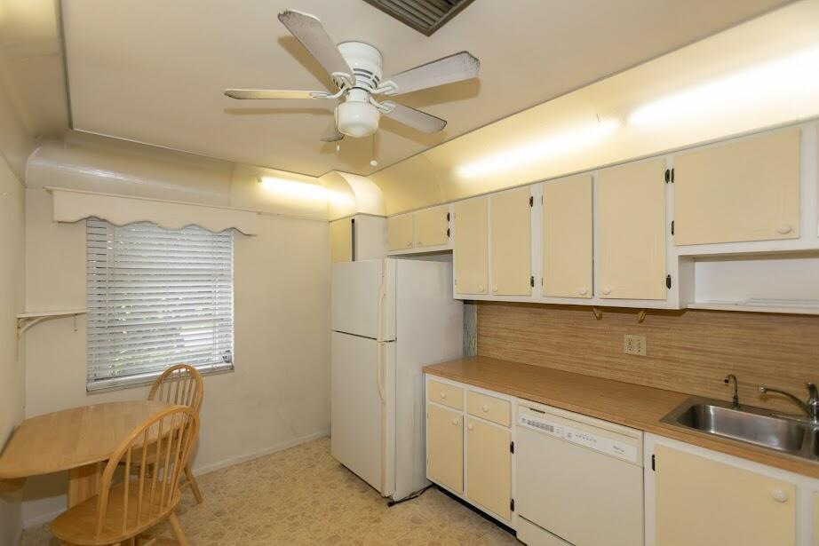 fernley5780.kitchen1