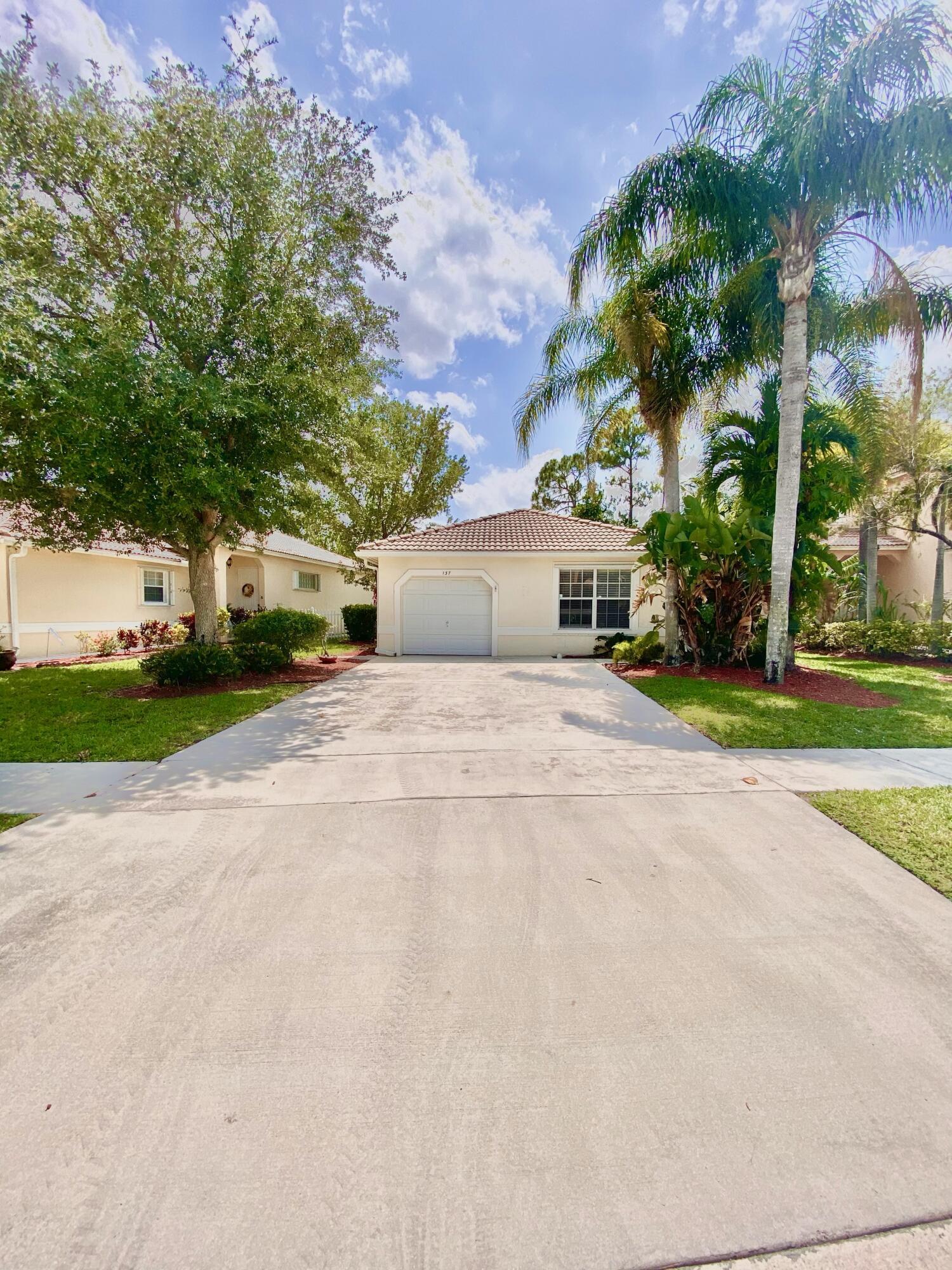 137 Prestige Drive Royal Palm Beach, FL 33411 photo 27