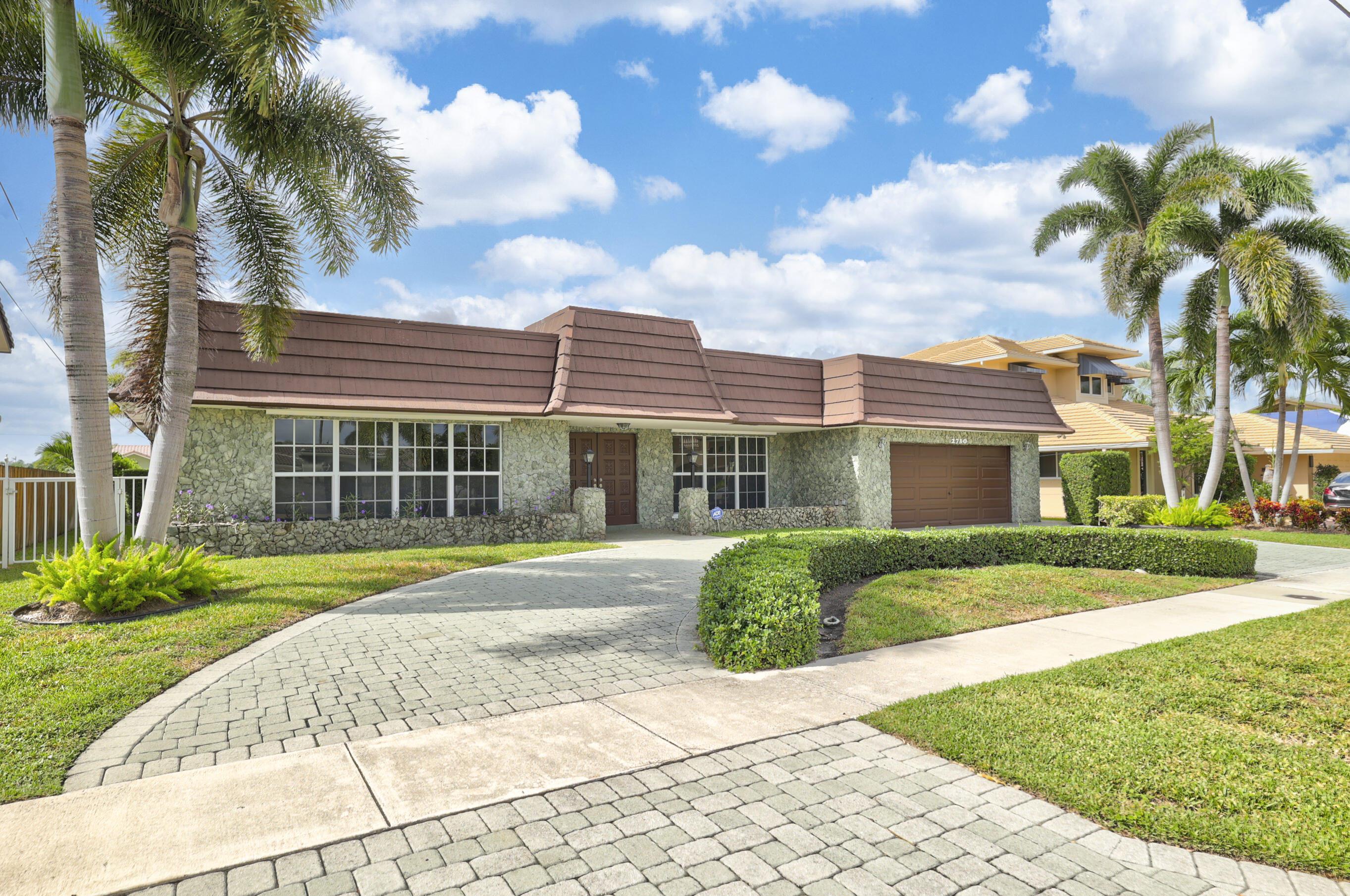 2730 NE 47 Street  For Sale 10743432, FL