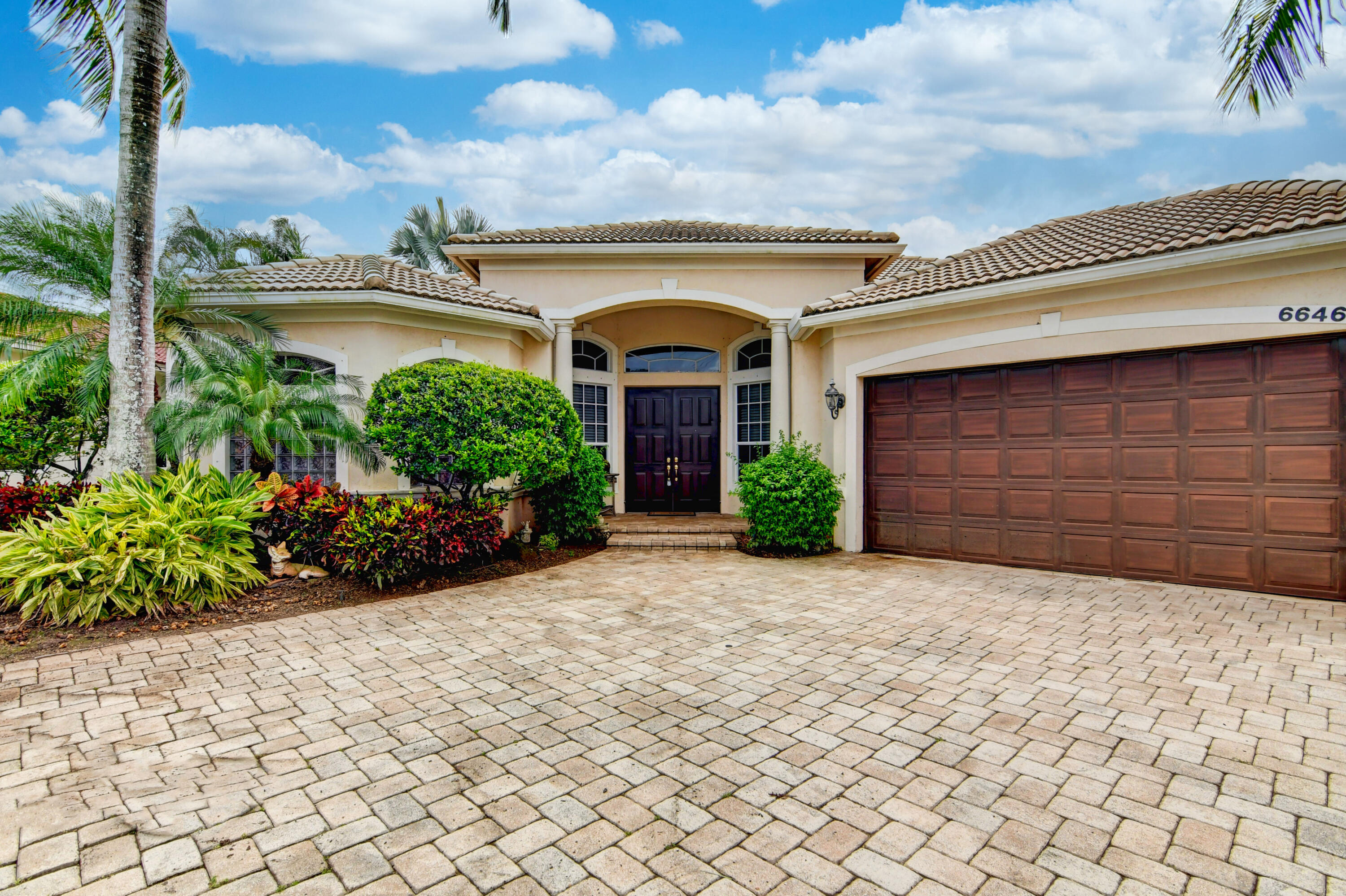 6646  Cobia Circle  For Sale 10743292, FL