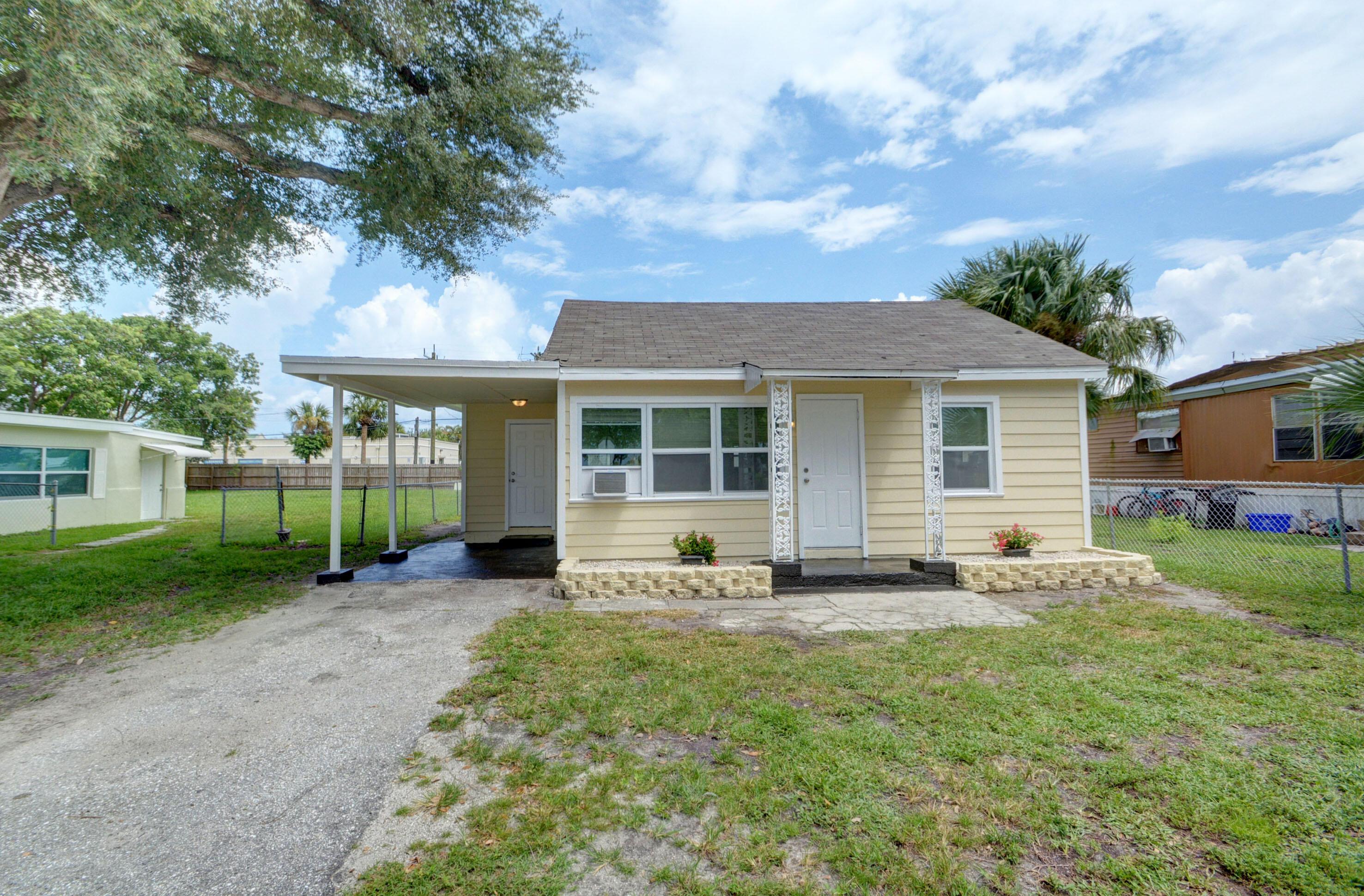 Home for sale in GREENACRES 1 Lake Worth Florida