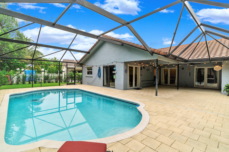 10167  Camelback Lane  For Sale 10743385, FL