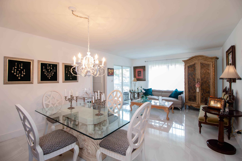 Home for sale in TAMBERLANE CONDOS Palm Beach Gardens Florida