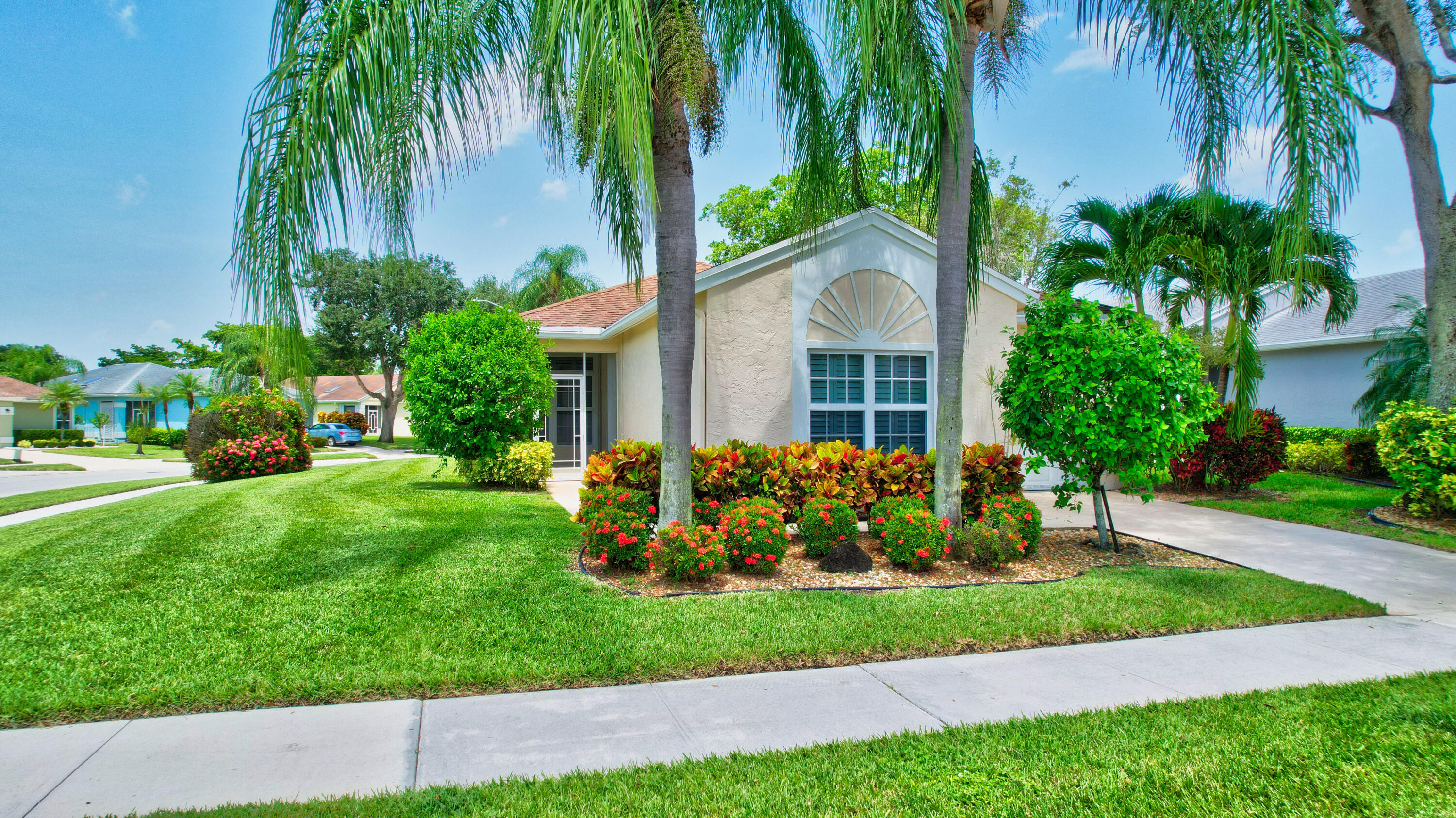 7629  Mansfield Hollow Road  For Sale 10743426, FL