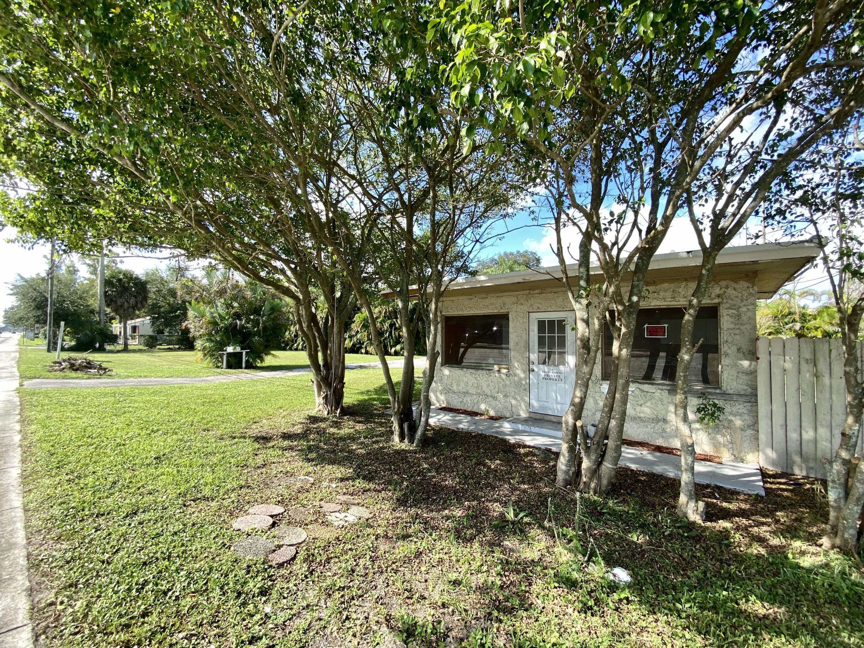 7157 S Military Trail Lake Worth, FL 33463 photo 8