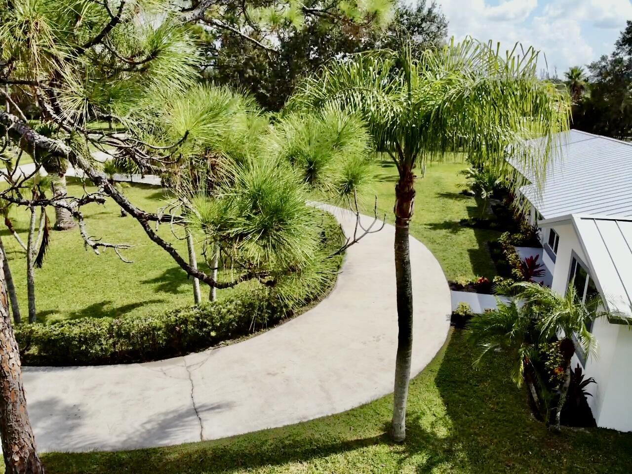 8661 112th Terrace N Palm Beach Gardens, FL 33412 photo 4