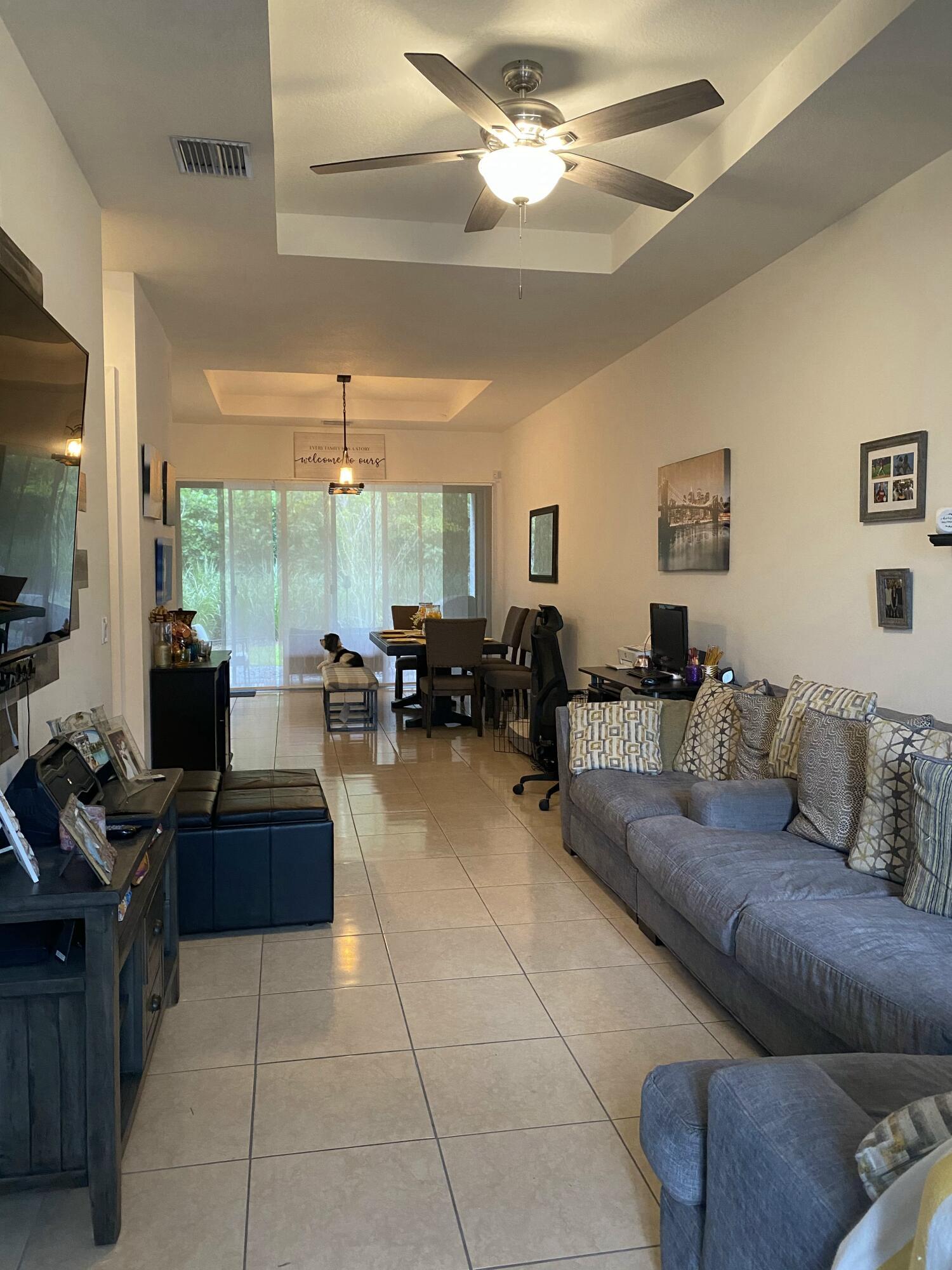 1340 Pioneer Way Royal Palm Beach, FL 33411 photo 4