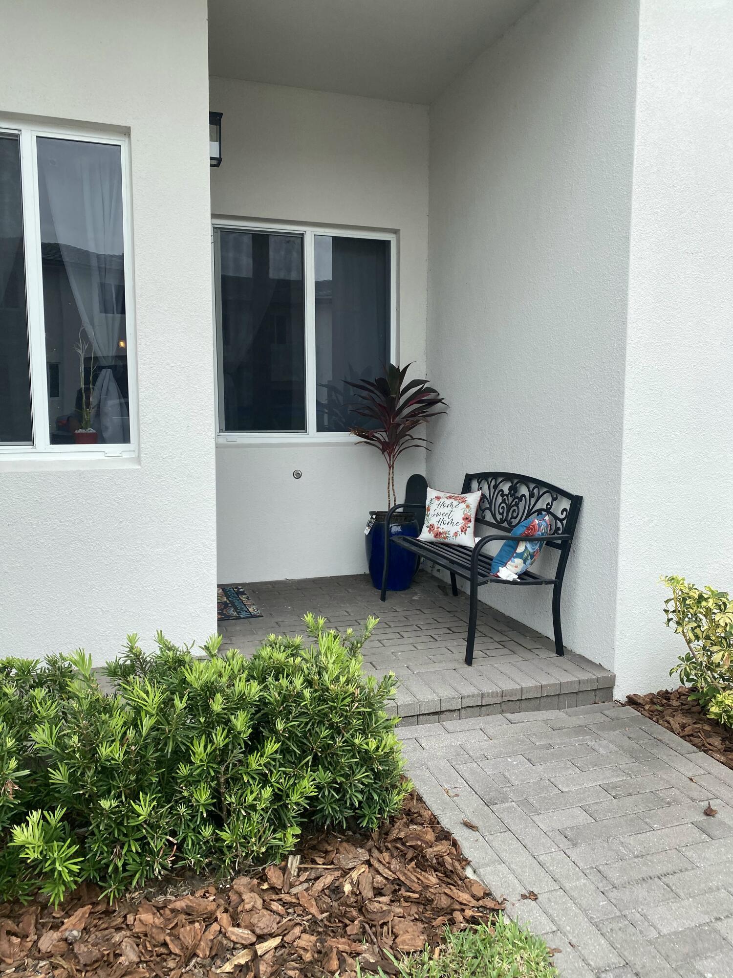 1340 Pioneer Way Royal Palm Beach, FL 33411 photo 3